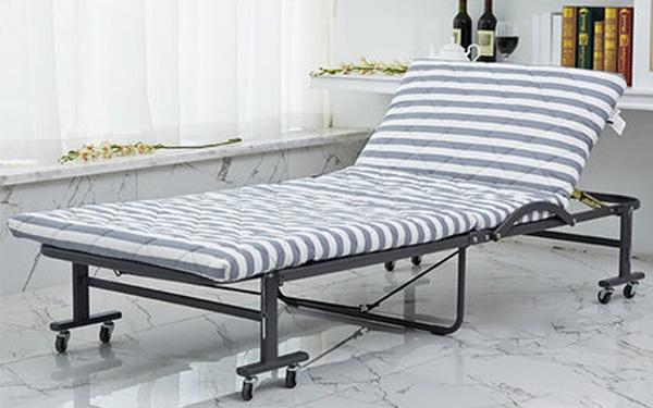 Extra bed gồm phần khung và đệm