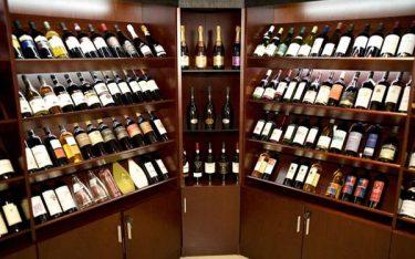 Kinh doanh rượu: Cần giấy phép và điều kiện kinh doanh gì?