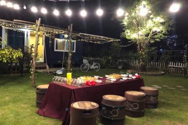 Đầu tư sân vườn và tiệc ngoài trời cho homestay