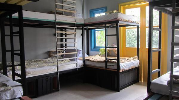 Giường tầng tại homestay