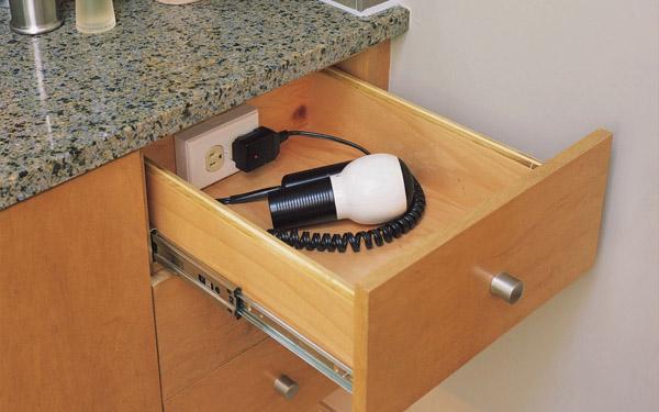 máy sấy tóc dùng trong khách sạn