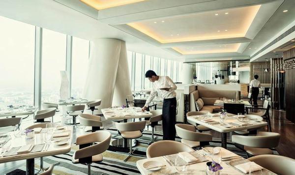 Phòng ăn được thiết kế theo phong cách Italia