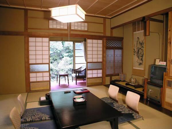 Phòng ăn khách sạn kiểu Nhật Bản