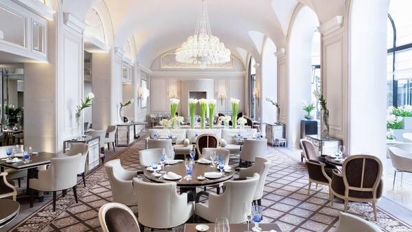 Cách thiết kế, bố trí phòng ăn khách sạn