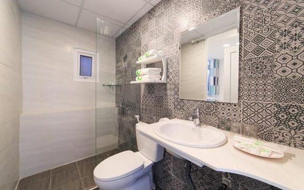 Các họa tiết hoa văn trang trí cho phòng tắm thêm sạch đẹp