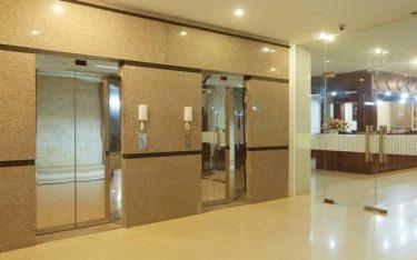 Cách bảo đảm an toàn cho hệ thống thang máy khách sạn 2 sao