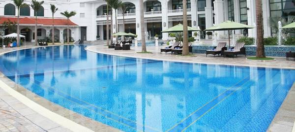thiết kế bể bơi khách sạn 5 sao