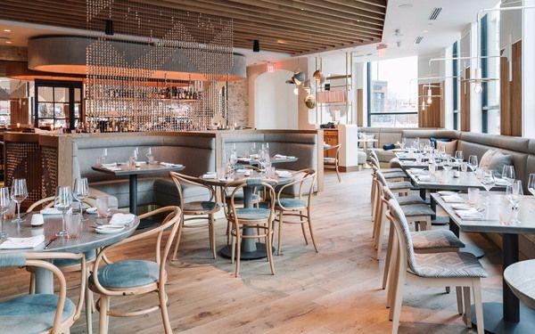 Phong cách nhà hàng hiện đại trong khách sạn Pháp