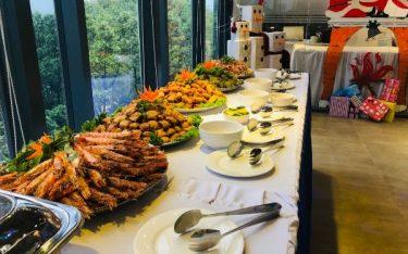 Tiệc buffet là gì? Đặc điểm của tiệc buffet bạn cần nắm rõ