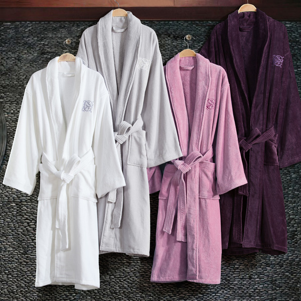 Áo choàng tắm tiện lợi cho người sử dụng