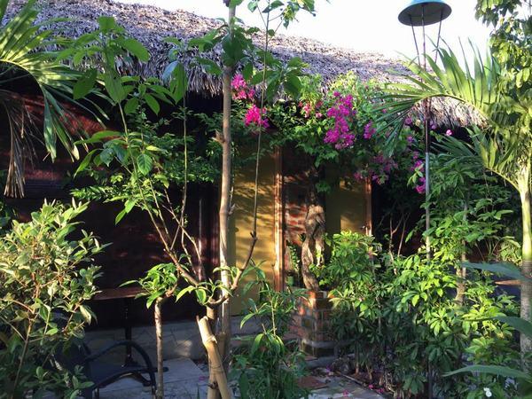 Vu Homestay xanh mát ở Huế
