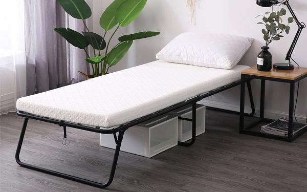 Đặt phòng khách sạn yêu cầu thêm giường phụ được không?