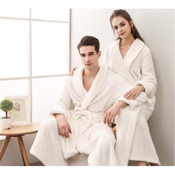 Áo choàng tắm 100 % cotton có nhiều ưu điểm nổi bật