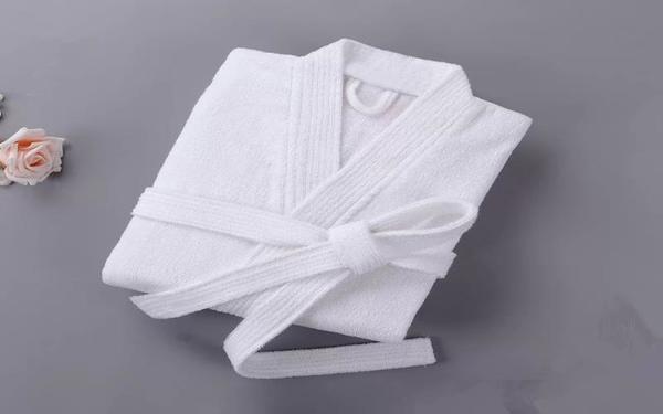 Poliva là đơn vị cung cấp áo choàng tắm chất lượng