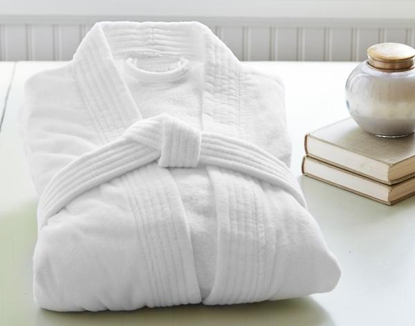 Poliva là đơn vị cung cấp áo choàng tắm trong khách sạn uy tín, cao cấp