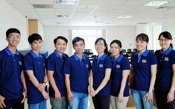 Áo đồng phục công ty đơn giản nhưng nổi bật