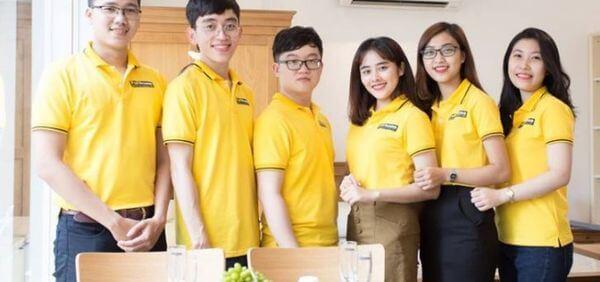 Áo đồng phục cổ trụ màu vàng tươi mới