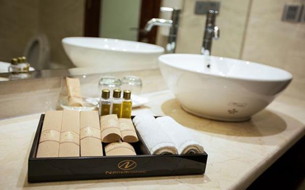 Ưu và nhược điểm các loại bao bì giấy đồ amenities khách sạn