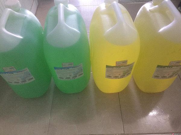 Dầu gội, sữa tắm lít trên thị trường rất nhiều, cẩn thận mua phải hàng rởm