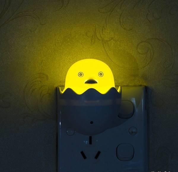 Đèn ngủ led cảm ứng