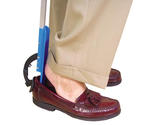 Đón gót giày là vật dụng không thể thiếu trong mỗi khách sạn