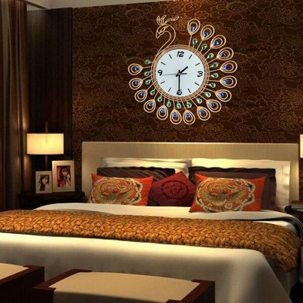 Mẫu đồng hồ treo tường con công đẹp và sang trọng