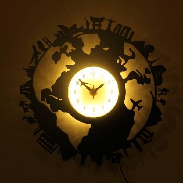 Mẫu đồng hồ với thiết kế độc đáo với biểu tượng của các nước trên thế giới là một sự lựa chọn không tồi