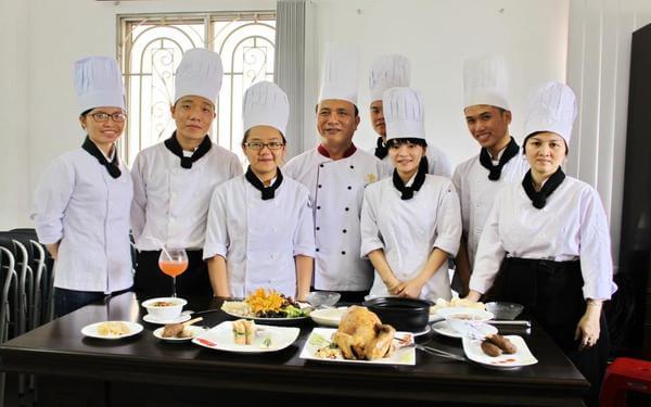 Top 1000+ mẫu đồng phục bếp may sẵn đẹp nhất, giá rẻ nhất