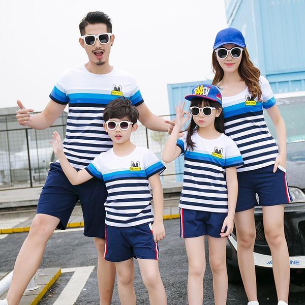 Những mẫu đồng phục đơn giản dành cho các thành viên trong gia đình