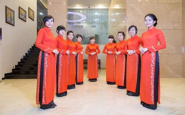 1010+ mẫu đồng phục khách sạn nhà hàng cao cấp và sang trọng nhất