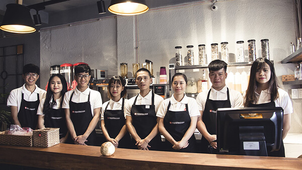Quần áo đồng phục giúp nhân viên tự tin hơn