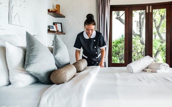 Thay ra giường thường xuyên để đảm bảo an toàn cho khách hàng