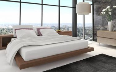 Vì sao hầu như khách sạn nào cũng dùng ga trải giường màu trắng?