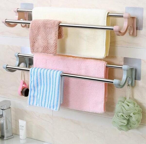 Với thiết kế đơn giản, dễ dáng sử dụng, giá treo khăn luôn được lựa chọn lắp đặt trong phòng tắm