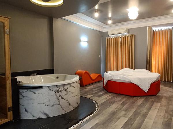 Peace Hotel - khách sạn có ghế tình yêu giá rẻ