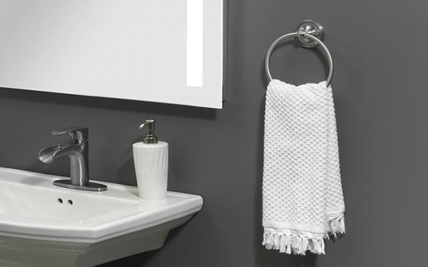 Vì sao các khách sạn resort nên lắp vòng treo khăn trong nhà tắm?