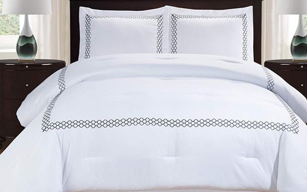 Top 3 địa chỉ mua chăn ga gối đệm màu trắng cho khách sạn uy tín
