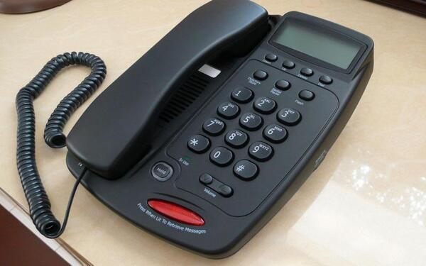 Kinh nghiệm chọn mua điện thoại bàn dùng cho khách sạn