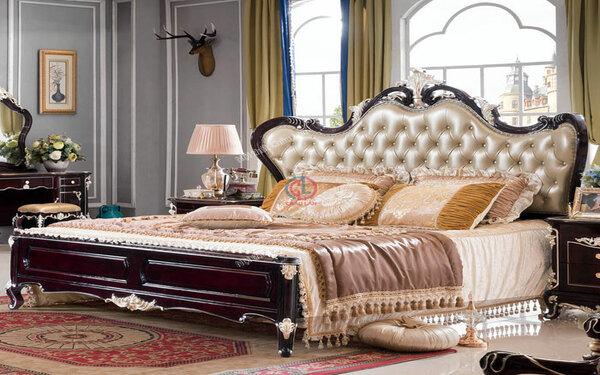 Chất liệu gỗ góp phần làm nổi bật vẻ đẹp sang trọng của chiếc giường