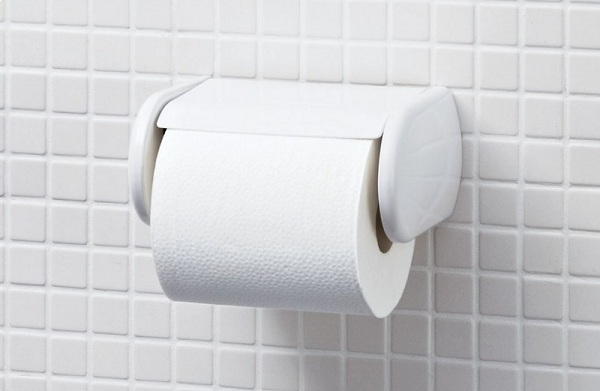 Các hộp đựng giấy vệ sinh tới từ Inax rất đa dạng về mẫu mã và chất liệu