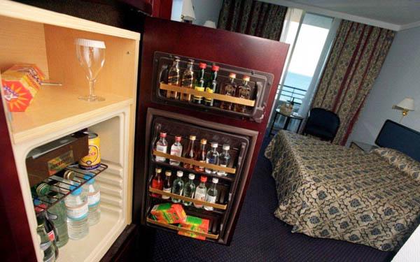 Kinh nghiệm chọn mua mini bar cho các khách sạn, resort
