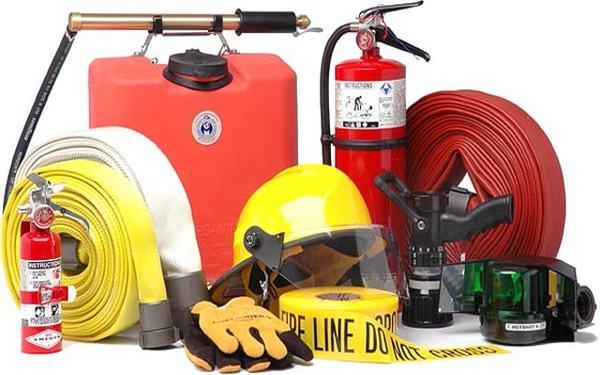 Các thiết bị bảo hộ phòng cháy luôn được chuẩn bị đầy đủ