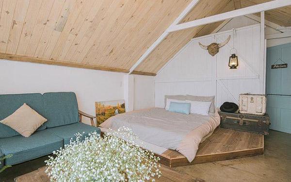 Không gian nhỏ xinh, đơn giản nhưng đầy hấp dẫn cho những ai muốn thử trên gác mái.