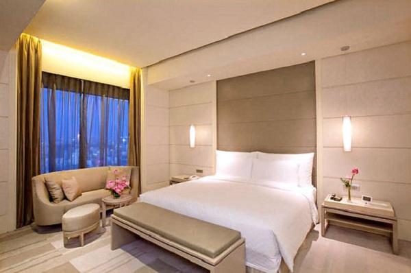 Lựa chọn những tấm rèm có màu sắc cân đối và hài hòa với không gian phòng