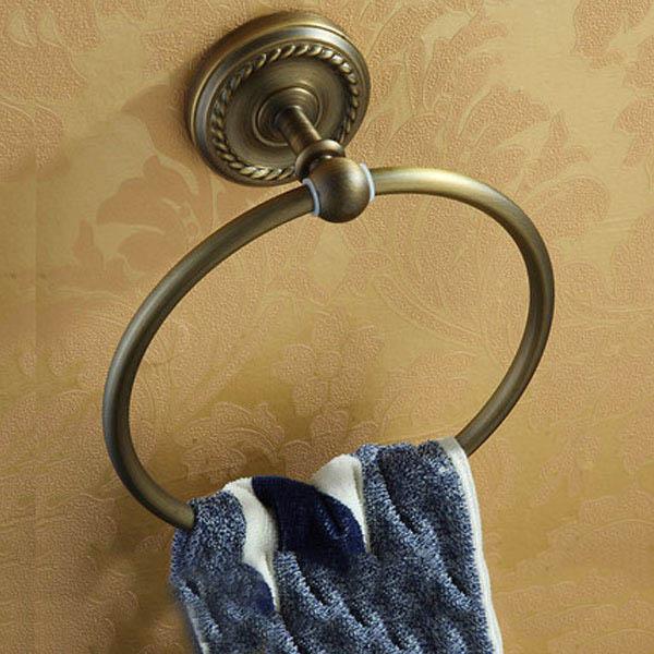Vòng treo khăn tắm