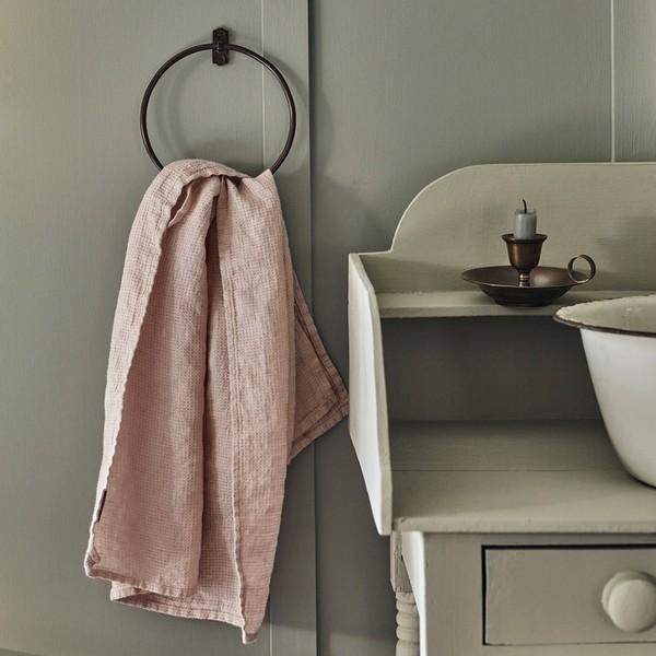 Vòng treo khăn tắm đa dạng về mẫu mã
