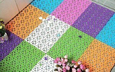 Thảm chống trơn bằng nhựa dùng trong nhà tắm và những điều nên biết