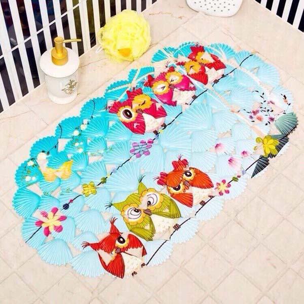 Những tấm thảm phòng tắm giúp bảo vệ an toàn cho bé trong khu vực ẩm ướt