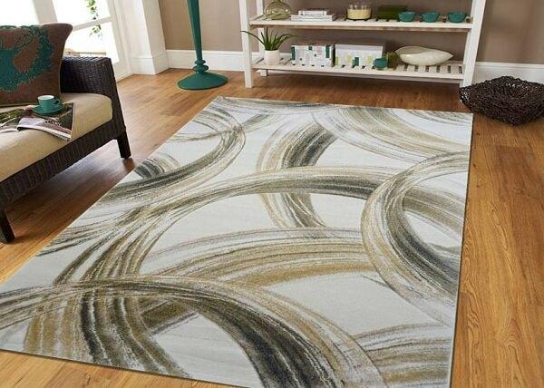 Tuy vậy, những tấm thảm cao cấp nhập khẩu lại có mức giá tương đối cao