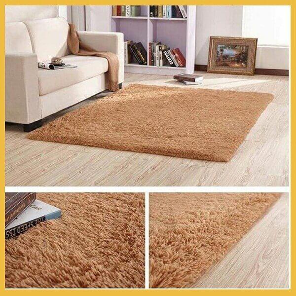 Nên sử dụng những tấm thảm trải sàn có chất liệu bằng lông để mang lại sự ấm áp